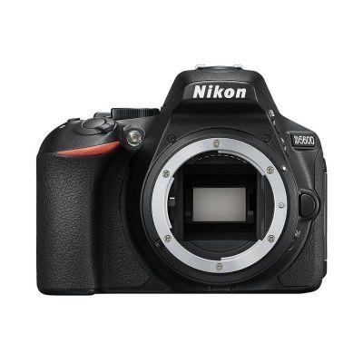 Fotocamera Nikon D5600 solo corpo PRONTA CONSEGNA
