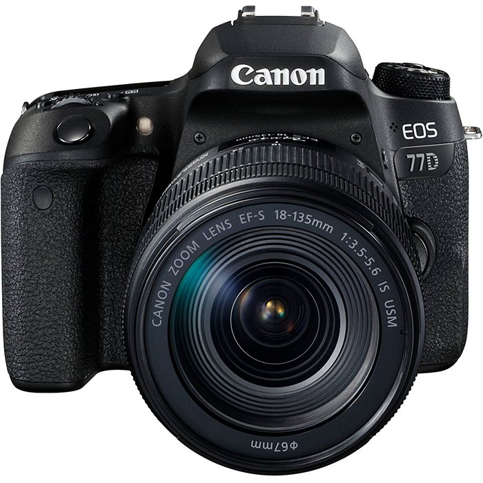 Fotocamera Canon EOS 77D Kit 18-135mm IS NANO USM