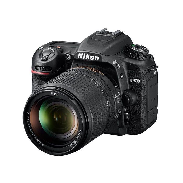 Nikon D7500 kit obiettivo 18-140mm f/3.5-5.6G